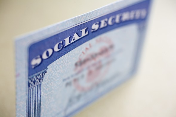 Social Security: Start Early, On Time or Delay?